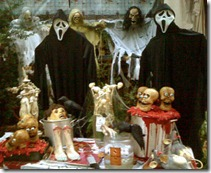 haunted_house_photo_by_Robert_Francis[1]