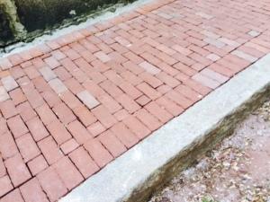 Brick Sidewalks done proper
